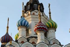 Detaljtaktempel i Saratov Royaltyfri Bild