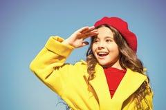 Detalle accesorio de la moda del franc?s del sombrero Boina brillante del sombrero de la muchacha del ni?o Complemento del sombre fotos de archivo libres de regalías