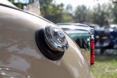 Detalle americano clásico de la parte posterior del coche Imagen de archivo libre de regalías