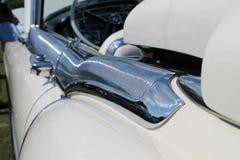 Detalle americano de lujo clásico de la puerta de coche Imágenes de archivo libres de regalías