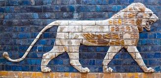 Detalle antiguo del Tor babilónico de Ishtar imagen de archivo