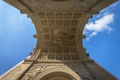 Detalle arquitectónico de Arc de Triomphe du Carrousel Imagen de archivo libre de regalías