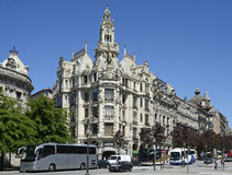 Detalle arquitectónico de Banco Espirito Santo en Oporto, Portugal fotografía de archivo libre de regalías