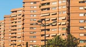 Detalle arquitectónico de edificios residenciales típicos en bri rojo Imagen de archivo