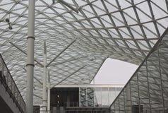 Detalle arquitectónico del proyecto de la techumbre de Milano Fiera Fotografía de archivo libre de regalías