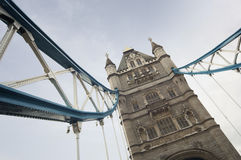 Detalle arquitectónico del PUENTE de la TORRE, Londres Fotos de archivo