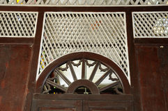 Detalle arquitectónico en la mezquita de Tinggi o la mezquita de Banjar Foto de archivo
