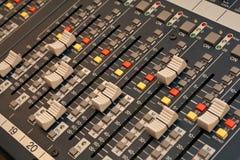 Detalle audio del mezclador foto de archivo libre de regalías