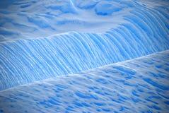 Detalle azul del hielo del iceberg fotografía de archivo