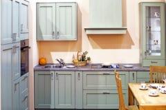 Detalle con clase del interior de la cocina Imágenes de archivo libres de regalías