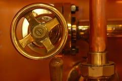 Detalle de cobre de la cervecería foto de archivo