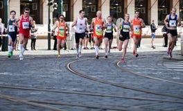 Detalle de corredores en el 3ro kilómetro de PIM Imagen de archivo libre de regalías