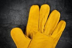 Detalle de cuero de los guantes de la construcción Foto de archivo libre de regalías