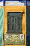 Detalle de la arquitectura coloreada en el La Bocca imagen de archivo libre de regalías