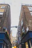 Detalle de la calle de Carnaby en centro de ciudad de Londres Imágenes de archivo libres de regalías