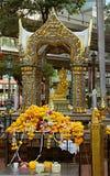 Detalle de la capilla Thao Maha Phrom Shrine de Erawan Foto de archivo