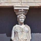 Detalle de la cariátide, acrópolis de Atenas Fotografía de archivo
