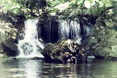 Detalle de la cascada foto de archivo