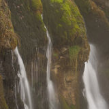 Detalle de la cascada de Murcarols. Cadí, España. Imagenes de archivo