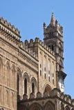 Detalle de la catedral de Palermo foto de archivo