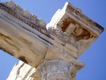 Detalle de la columna antigua - templo de Apolo en cara Foto de archivo