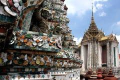 Detalle de la configuración del templo de Wat Arun Foto de archivo libre de regalías