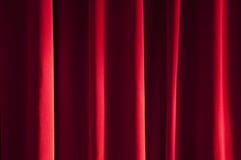 Detalle de la cortina roja Fotos de archivo