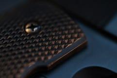 Detalle de la empuñadura de pistola Fotografía de archivo