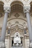 Detalle de la fachada la iglesia de Fourviere en Lyon Foto de archivo