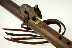 Detalle de la flauta del nativo americano Imagen de archivo