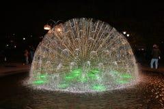 Detalle de la fuente de agua en colores verdes foto de archivo libre de regalías
