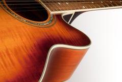 Detalle de la guitarra acústica Imágenes de archivo libres de regalías