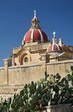 Detalle de la iglesia en la isla Malta del gozo Fotos de archivo libres de regalías