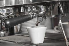 Detalle de la máquina de café express Imagen de archivo libre de regalías
