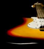 Detalle de la multa del cuerpo de la guitarra eléctrica Fotografía de archivo libre de regalías