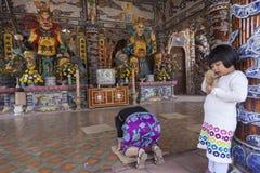 Detalle de la pagoda del dragón en Vietnam Fotografía de archivo