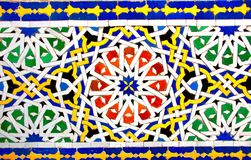 Detalle de la pared marroquí tradicional del mosaico, Marruecos Fotos de archivo