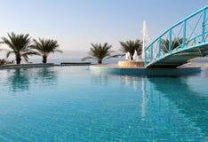 Detalle de la piscina del centro turístico del hotel, mar muerto Foto de archivo