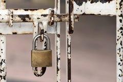 Detalle de la puerta bloqueada imágenes de archivo libres de regalías