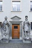 Detalle de la puerta en la abadía de St Gallen en Suiza Fotos de archivo