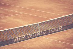 Detalle de la red del tenis en la arena de Bucarest BNR Fotografía de archivo
