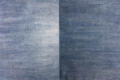 Detalle de la textura de la mezclilla del dril de algodón imágenes de archivo libres de regalías