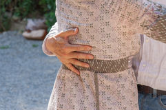 Detalle de las manos de un par del baile Imagenes de archivo