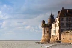 Detalle de Le histórico famoso Mont Saint-Michel Normandy, Francia Imagen de archivo