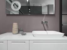 Detalle de los muebles blancos para el lavabo Fotos de archivo