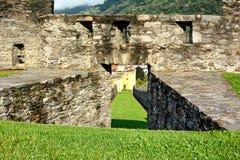 Detalle de los terraplenes de Castelgrande Fotografía de archivo