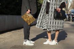 Detalle de los zapatos de los bolsos en la semana 2016 de la moda de Milan Men Imágenes de archivo libres de regalías