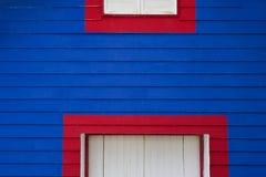 Detalle de madera colorido de la fachada Imagen de archivo