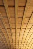 Detalle de madera y de acero del puente Imagen de archivo