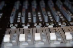 Detalle de mezcla de la consola Fotografía de archivo libre de regalías